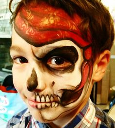 Not the best photo but I was very pleased with this #pirateskull mix. Made the bandana in the new #cameleonbodypaint #onestroke.  #learnfacebodyart #facepaint #facepainting #facepainter #olgamurasev  #аквагрим #грим #ольгамурашева #faceart #facepaints #facepainted #bodypainting #bodypainter #paintlife #howtopaint #learntopaint #bodyart#bodypaint #bodyartist #bodypainting #bodypainter#stencils