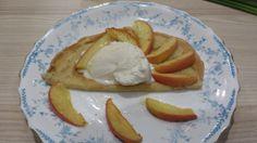 Caroline's Dairy Cinnamon Ice Cream with apple pancakes