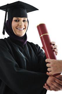 صور عبايات تخرج 2019 اجمل ارواب حفل التخرج Graduation Gown Gowns Academic Dress