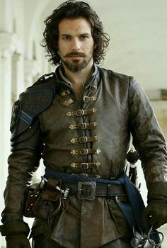 Have the vintage look in your silhouette, stylize yourself in Aramis The Musketeers Brown Leather Jacket and be the attention grabber. Aramis The Musketeers, The Three Musketeers, Cosplay, Armadura Medieval, Fantasy Armor, Medieval Clothing, Character Outfits, Larp, Fashion Clothes
