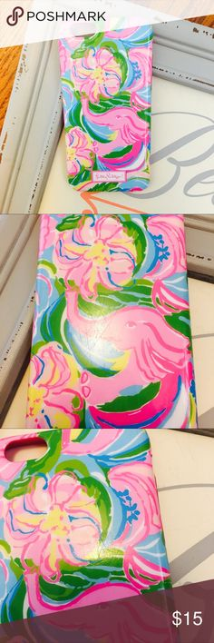 "Lilly Pulitzer ""so a peeling""  IPhone 6 cover Lilly Pulitzer iPhone 6 phone cover with some scratches on it if you hold it up to the light. Reflected in price :) I was using it up until I recently bought a new print. Make an offer. Lilly Pulitzer Accessories Phone Cases"