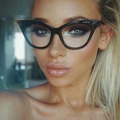 $4.09 (Buy here: https://alitems.com/g/1e8d114494ebda23ff8b16525dc3e8/?i=5&ulp=https%3A%2F%2Fwww.aliexpress.com%2Fitem%2F2017-New-Fashion-Vintage-Cat-Eye-Glasses-Frame-Women-Luxury-Brand-Designer-Vintage-Sun-glasses-Female%2F32783534576.html ) 2017 New Fashion Vintage Cat Eye Glasses Frame Women Luxury Brand Designer Vintage Sun glasses Female Eyewear 77042 for just $4.09
