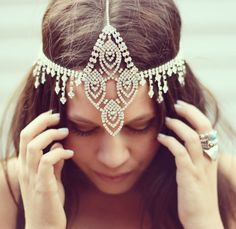 Shop The Look Boho headband Look Boho, Bohemian Style, Ibiza Style, Hippy Chic, Boho Chic, Boho Headpiece, Bridal Headpieces, Headdress, Boho Fashion