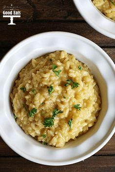 This Creamy Parmesan Risotto recipe sounds delicious and surprisingly easy!
