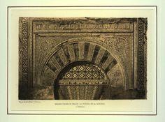 Ornamentación de una de las puertas de la Catedral (1855)