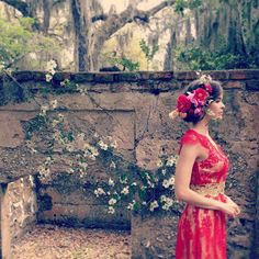 Gorgeous for a red bridesmaid dress! Designed by Claire Pettibone---<3 a Lady in Red !
