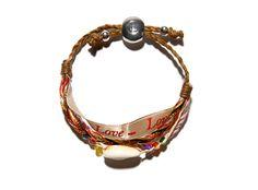Beauté engagée bracelet http://www.vogue.fr/beaute/buzz-du-jour/diaporama/bracelets-love-luck-please-happy-clarins/13963