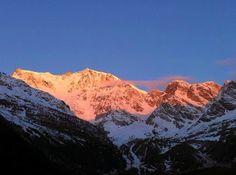 I  nostri amici di #facebook  Guide Alpine Macugnaga condividono con noi questa bellissima immagine del Rosa. Alla Festa della Montagna manca pochissimo! Dal 23 al 25 maggio 2014 a Novara. Non mancate! La Festa vi aspetta.
