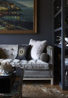 Grey velvet sofa and deep grey blue wall color - love this couch & the… Blue Wall Colors, Room Colors, Colours, Dark Walls, Blue Walls, Lounge, My Living Room, Living Spaces, Grey Velvet Sofa