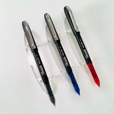 Red Ink 0.7mm Retractable Gel Ink Rollerball Pen Set of 3 Zebra Sarasa