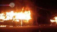 Brasil: Sete ônibus são incendiados após confronto entre PMs e bandidos em Nova Iguaçu