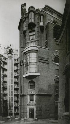 Palazzo Fidia, Wolfgang Amadeus Mozart Street, n.11, Milan, 1929-1932