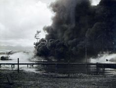 80-G-32560: USS Arizona (BB 39) burning after the Japanese attack on Pearl Harbor, 7 December 1941. Pearl Harbor History, Pearl Harbor 1941, Pearl Harbor Day, Pearl Harbor Attack, Remember Pearl Harbor, Uss Arizona, Imperial Japanese Navy, Military Pictures, Remembrance Day