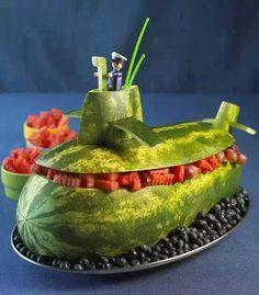 sandía-submarino, cuánta creatividad!