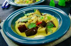 En het böngryta är den perfekta middagen när du vill mysa till det ordentligt på kvällskvisten. Recept av Tommy Myllymäki.