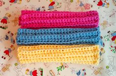 Hand made, crocheted, 100% cotton cloths like these are a nice little luxury. These look pretty easy to do, if you can crochet at all. Hopefully I can learn!