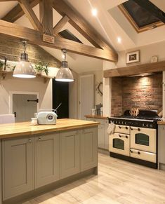 This is definitely my favourite pic of the kitchen💛📸 The extra work my other half put into the decorative oak truss certainly paid off! Barn Kitchen, Open Plan Kitchen, Home Decor Kitchen, Rustic Kitchen, Country Kitchen, Kitchen Interior, Home Kitchens, Country Style Kitchens, Modern Interior