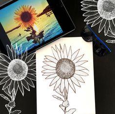 Day 19 #30ideas30days #illustration #flowers #blackandwhite #drawing #patternly.design #30ideias30dias #ilustração #flores #pretoebranco #desenhoobservacao #decolalab2016 #oficinaamandamol