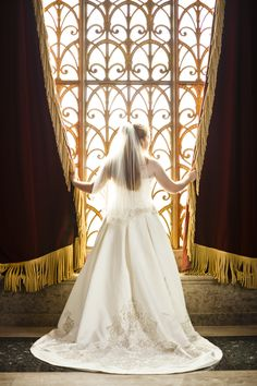 Bridal Portrait at Armstrong Browning Library « WTK Photography – Waco Photographer – Wedding Photography – Portraits – Photojournalism