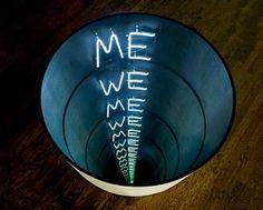 Iván Navarro - Eternal Contradiction - Artwork details at artnet Infinite Mirror, Light Art Installation, Instalation Art, Ex Machina, Mirror Art, Neon Lighting, Sculpture Art, Geometric Sculpture, Art Nouveau