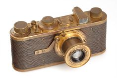 leica-luxus I need it Photography Tools, Photography For Beginners, Photography Equipment, Leica Photography, Antique Cameras, Vintage Cameras, British Journal Of Photography, Classic Camera, Retro Camera