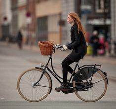 Love dutch bikes!
