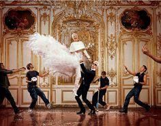 Linda, Lagerfeld x J.P.Goude.