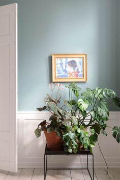 Interior Wall Colors, Interior Walls, Room Inspiration, Interior Inspiration, Interior Decorating, Interior Design, Scandinavian Interior, Beautiful Interiors, Lilacs