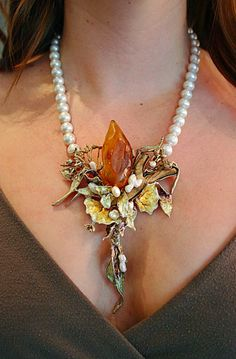raw amber and fresh-water pearls. Necklace by Charlotte Ehinger-Schwarz