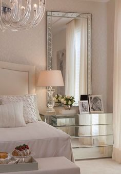 Elegant bedroom design decor with the new pantone color of the year: the rose quartz #homedecorideas #interiordesign