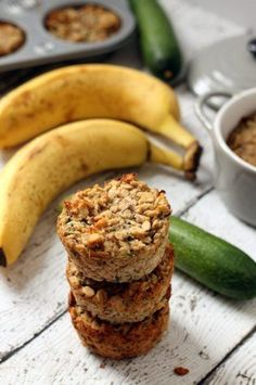 Zucchini Banana Oatmeal Cups…a super easy breakfast on-the-go! #vegan #glutenfree