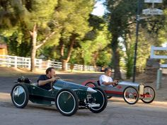 Cheap, Fun, and Fast: You're Going to Want a Cyclekart Triumph Motorcycles, Cars And Motorcycles, Pedal Cars, Race Cars, Cycle Kart, Soap Box Cars, Vintage Cars, Antique Cars, Diy Go Kart