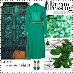 Smaragd green....