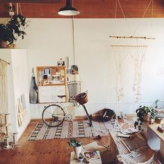 Emily Katz's dreamy studio + ideal mode of transportation: a Linus Cream Mixte.