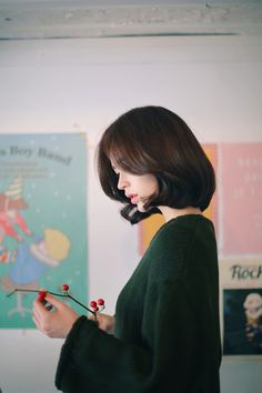 Yun Seon Young milkcocoa women t Korean Beauty, Asian Beauty, Medium Hair Styles, Short Hair Styles, Asian Short Hair, Girls Braids, Permed Hairstyles, Cute Beauty, Ulzzang Girl