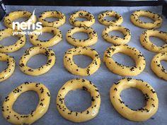 Kandil Simidi (ağızda Dağılan Lezzet Garantili) Turkish Recipes, Ethnic Recipes, Doughnut, Food And Drink, Cookies, Cake, Desserts, Decoration, Eten