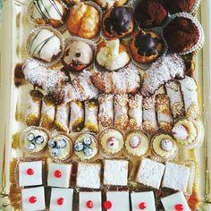 "Us Italian food (@usitalianfood) on Instagram: ""TRADITION: Vassoio della Domenica (Sunday tray) full of Pasticcini (sweets). 😍 Italians on Sunday…"""