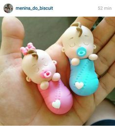 41 Ideas Baby Shower Souvenirs Porcelana Fria For 2019 Polymer Clay Figures, Polymer Clay Dolls, Polymer Clay Miniatures, Polymer Clay Projects, Fondant Figures, Baby Shower Souvenirs, Fondant Baby, Clay Baby, Cute Clay