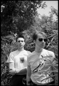 Richard H Kirk (right) and Stephen Mallinder, of British industrial band Cabaret Voltaire, in Holland Park, London, June Industrial Bands, Industrial Music, John Cooper Clarke, Cabaret, Holland Park, T Shirt Photo, Indie Kids, Post Punk, Music Industry