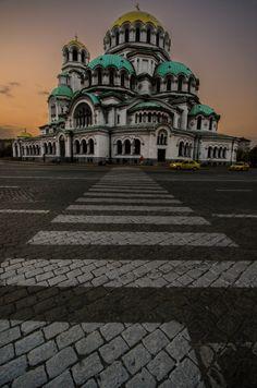 Alexander Nevsky cathedral, Sofia, Bulgaria #bulgaria #europe #reisjunk #travel #world #explore www.reisjunk.nl
