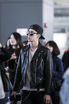 Sehun | 141019 Pudong Airport departing for Seoul