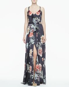 beautiful floral maxi dress, perfect for a beach wedding