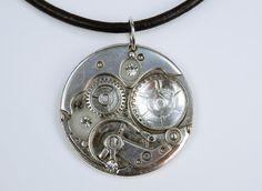 Silberfarbene Steampunk Uhrwerk Halskette am von ArtJewelryFun