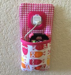 iPhone  iPod Touch Docking Station /  wall Socket Holder /