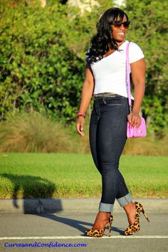 Curves and Confidence | Inspiring Curvy Women One Outfit At A Time: Weekend Wear: High-Waist Jeans