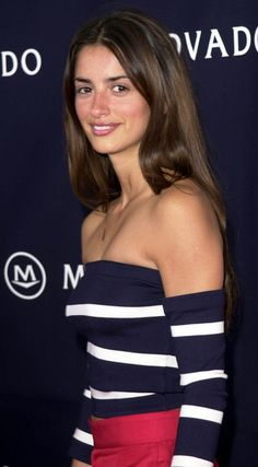 Penelope Cruz Photos: 2000 Vanity Fair Oscar party