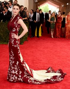 "Best Dressed at Met Gala 2015 ″Spring elegant"":- Bee Shaffer in Alexander Mcqueen Sakura flowers and crane birds embroidered long train burgundy dress at the Metropolitan Museum of Art Costume Institute Gala 2015 ""China: Through the Looking Glass""."