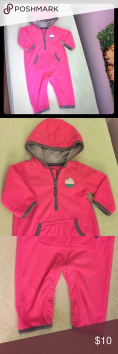NWOT Carter's Fleece sleeper Brand new, washed once never worn! My baby grew out of this size before she could wear it!! Has a cute little cupcake on it 😊 Great brand new condition! Perfect for this winter ❄️️ Carter's One Pieces