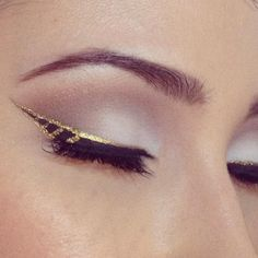 From: https://www.facebook.com/rosalinayoungmakeupartist?fref=photo