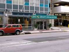 Quality Inn & Suites Downtown .3 mi from Bourbon Street .5 mi from the Arena!